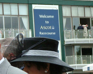 millinery_hat_ascot_01