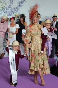 Stakes Day - Family FOTF - Millinery.Info (5 of 6)
